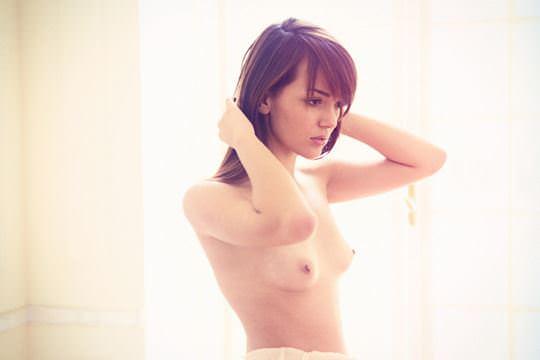 【外人】無名でもクッソ可愛いモデルがヌード晒してるポルノ画像 3619