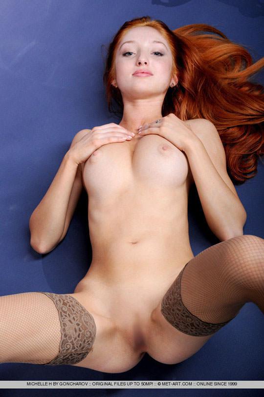 【外人】お人形顔の赤毛美女ミシェル(Michelle H)のおまんこM字開脚ポルノ画像 41