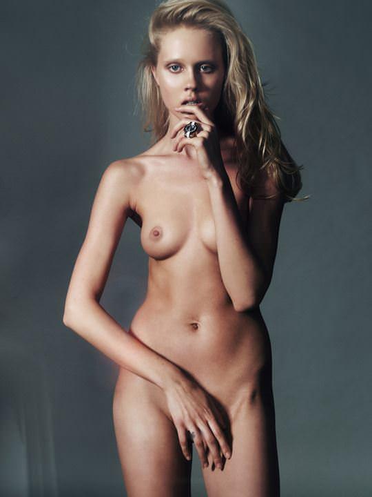 【外人】超美人な無名ファッションモデルが裸になって自分を売り込むヌードポルノ画像 4104