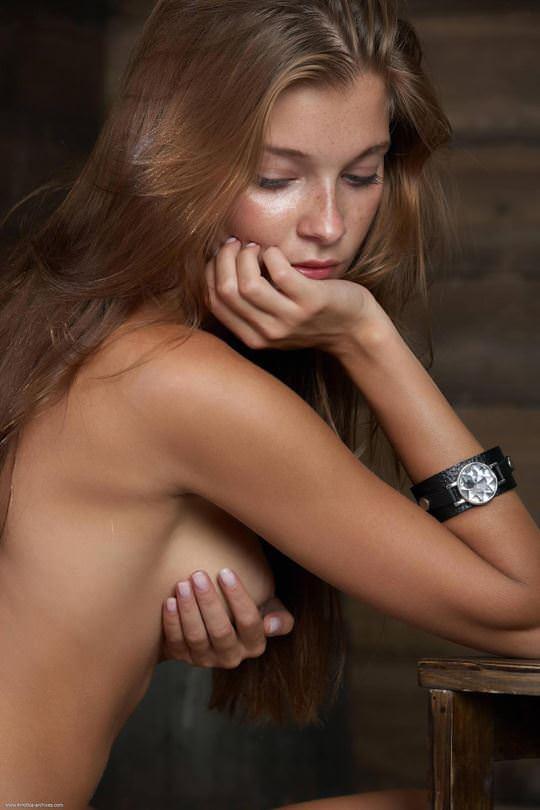 【外人】無名でもクッソ可愛いモデルがヌード晒してるポルノ画像 4139