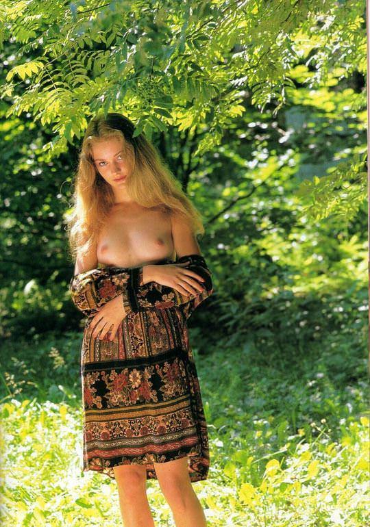 【外人】大自然でヌードグラビア撮影する妖精な白人美女達の野外露出ポルノ画像 4314
