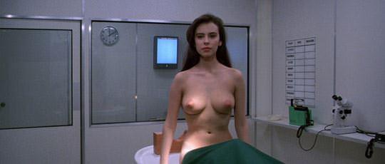 【外人スペースバンパイアのフランス人女優マチルダ・メイ(Mathilda May)の極上おっぱいポルノ画像 439