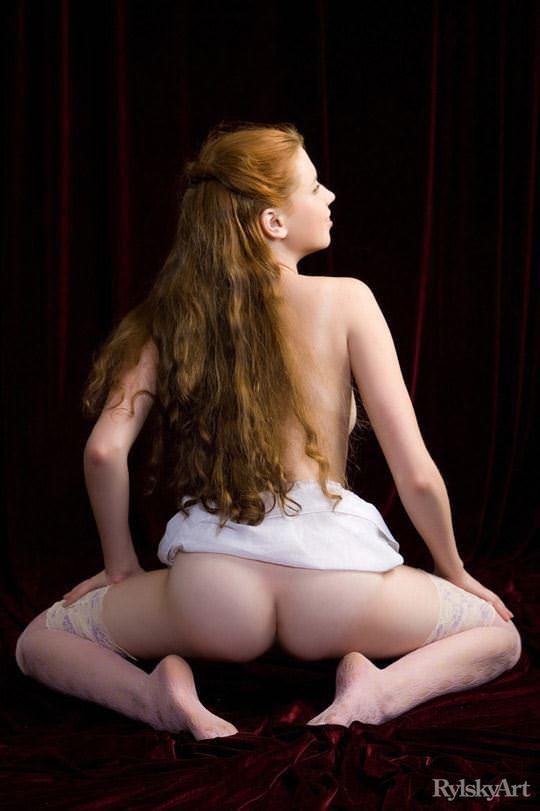 【外人】赤毛のロシアンヌードモデルのジリアン(Gillian)のマン毛とワキ毛のポルノ画像 5119
