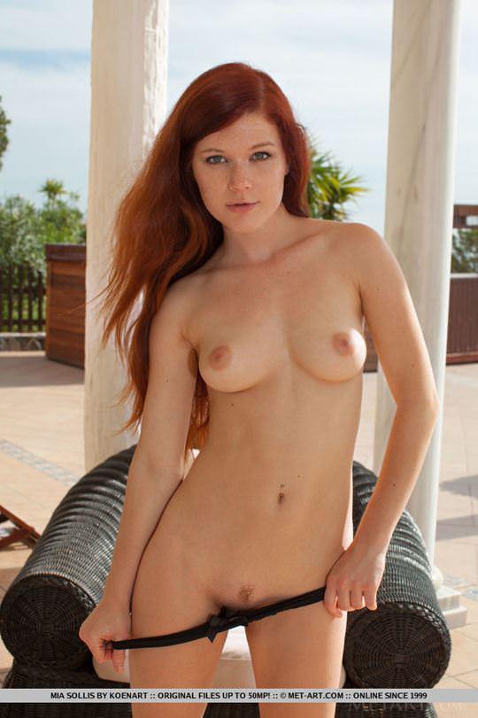 【外人】チェコ共和国出身の赤毛美少女ミア(Mia Sollis)のおっぱいとまんこのポルノ画像 532