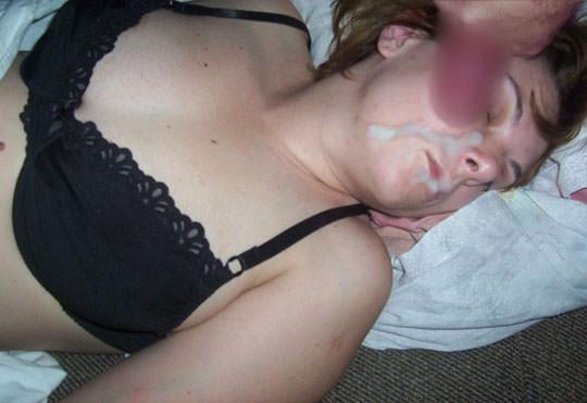 【外人】洋ティーンの素人娘の顔面にザーメンぶっかけた顔射ポルノ画像 57