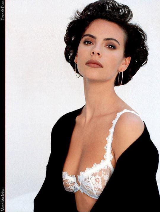 【外人スペースバンパイアのフランス人女優マチルダ・メイ(Mathilda May)の極上おっぱいポルノ画像 625