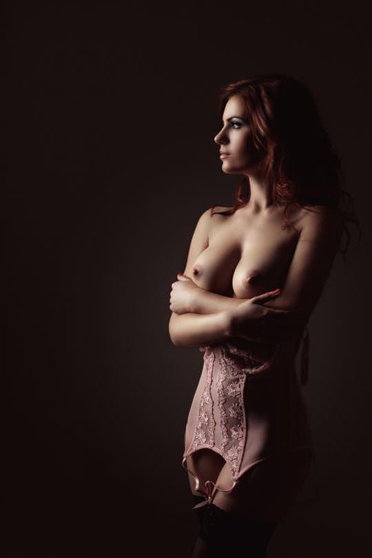 【外人】無名でもクッソ可愛いモデルがヌード晒してるポルノ画像 884