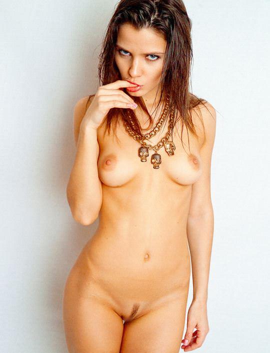 【外人】超美人な無名ファッションモデルが裸になって自分を売り込むヌードポルノ画像 963