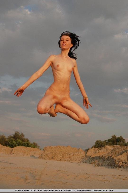 【外人】ウクライナ人19歳の妖艶美女アリサ(Alisa B)のセクシーレズヌードポルノ画像 1010