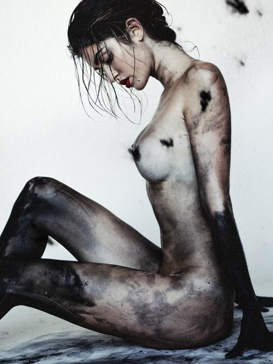 【外人】光加減が特徴的な米国人写真家キスラー・トラン(Kesler Tran)のアートポルノ画像 1048