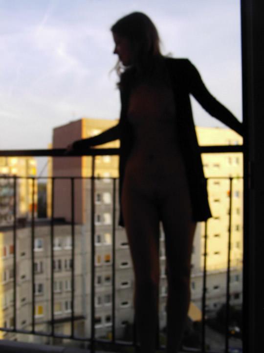【外人】ヌードモデルを目指す激カワ素人娘が裸体撮影とフェラまでしてるポルノ画像 1100