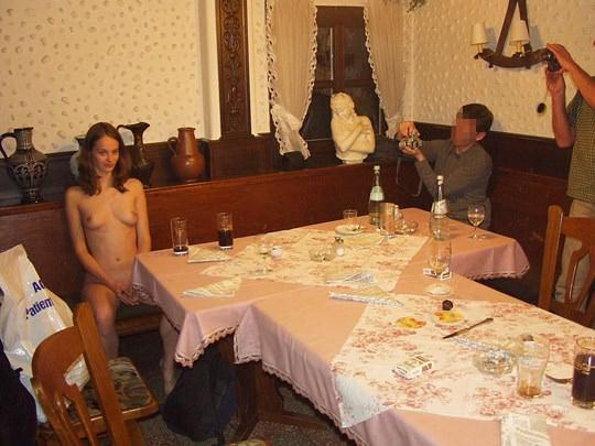 【外人】素人の激カワヌードモデルが街中至る所で裸になる野外露出ポルノ画像その1 143
