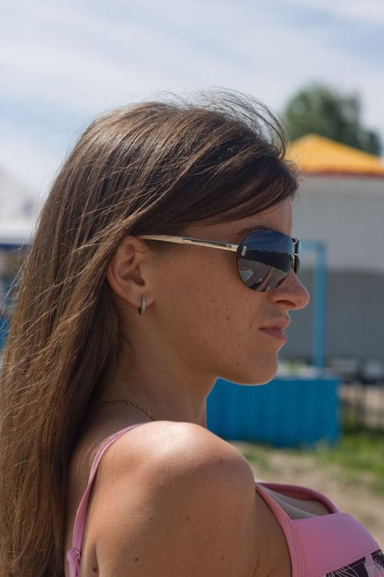【外人】海外美女のピンクや薄茶色した乳首がポロリしてるビキニポルノ画像 146