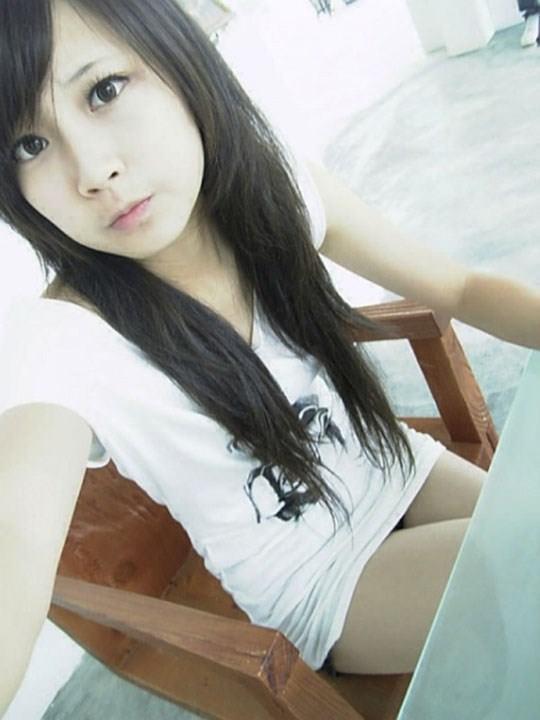 【外人】激カワ台湾素人娘のツォン・ダーミエ(Ceng Damie)の自撮りポルノ画像 2141
