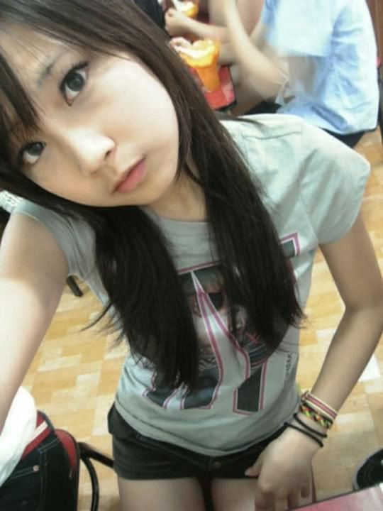 【外人】激カワ台湾素人娘のツォン・ダーミエ(Ceng Damie)の自撮りポルノ画像 2142