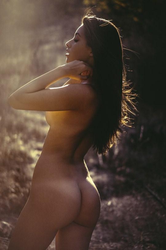 【外人】光加減が特徴的な米国人写真家キスラー・トラン(Kesler Tran)のアートポルノ画像 2159