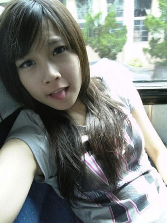 【外人】激カワ台湾素人娘のツォン・ダーミエ(Ceng Damie)の自撮りポルノ画像 2226