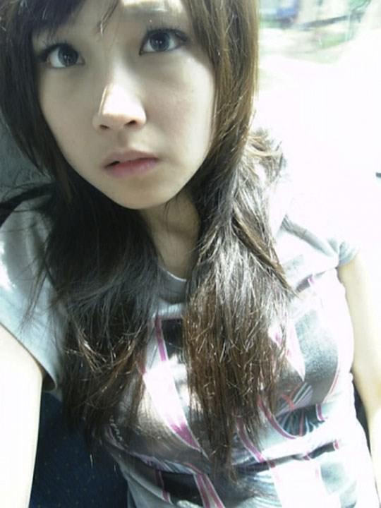 【外人】激カワ台湾素人娘のツォン・ダーミエ(Ceng Damie)の自撮りポルノ画像 2327