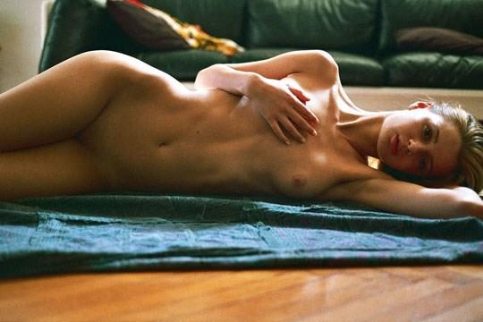 【外人】米国写真家アレッサンドロ・カサグランデ(Alessandro Casagrande)が5人の美女をモデルにしたアートポルノ画像 2430