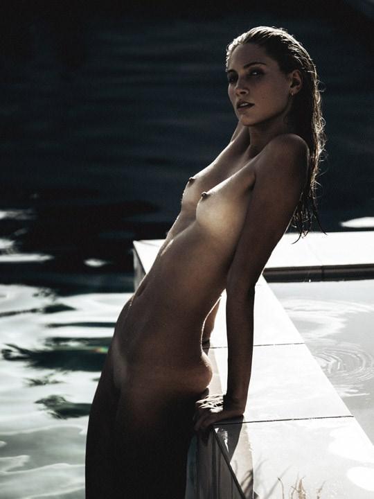 【外人】光加減が特徴的な米国人写真家キスラー・トラン(Kesler Tran)のアートポルノ画像 2529