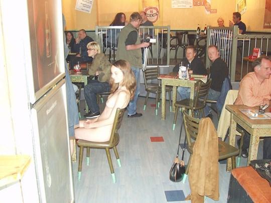 【外人】素人の激カワヌードモデルが街中至る所で裸になる野外露出ポルノ画像その1 262