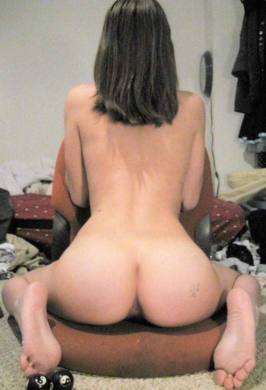 【外人】金に目が眩んだ海外素人娘が変態オヤジに撮影されてネットにうpされたポルノ画像 2716