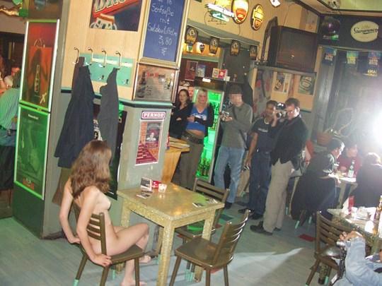 【外人】素人の激カワヌードモデルが街中至る所で裸になる野外露出ポルノ画像その1 282