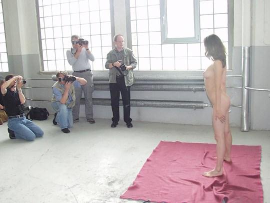 【外人】素人の激カワヌードモデルが街中至る所で裸になる野外露出ポルノ画像その3 342