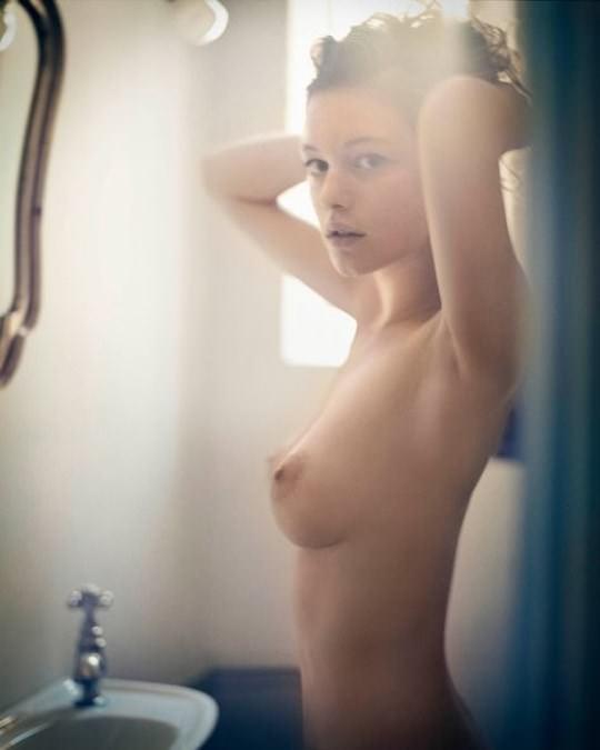 【外人】海外の美女たちがおかずになる為に脱いだヌードポルノ画像 553