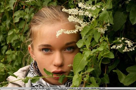 【外人】少女のあどけなさが残るウクライナ人ミレーナ(Milena D)のヌードグラビアポルノ画像 622