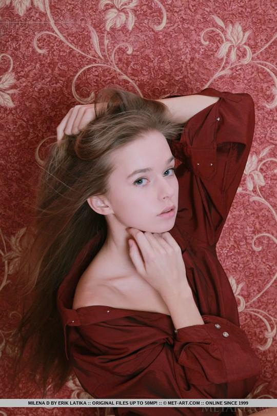 【外人】ウクライナ少女が腋毛陰毛ふっさふさミレーナ(Milena D)のヌードポルノ画像 652