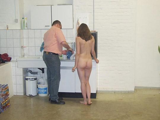 【外人】素人の激カワヌードモデルが街中至る所で裸になる野外露出ポルノ画像その3 69