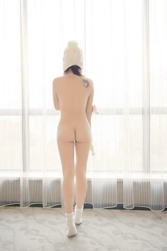 【外人】素で可愛い中国の素人娘が個人撮影でセミヌード公開したポルノ画像 744