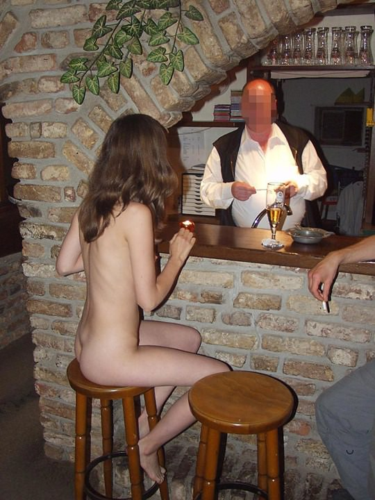 【外人】素人の激カワヌードモデルが街中至る所で裸になる野外露出ポルノ画像その4 75