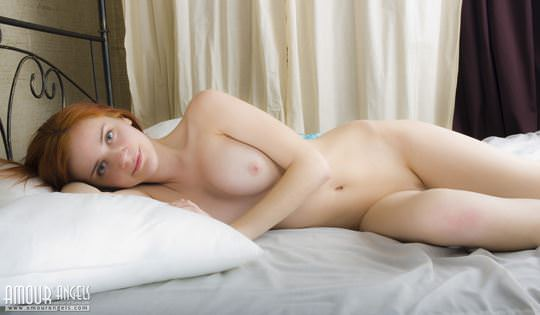 【外人】ウクライナのヌードモデルのマルタ(Marta)は髪がオレンジ色な色白美女のポルノ画像 922