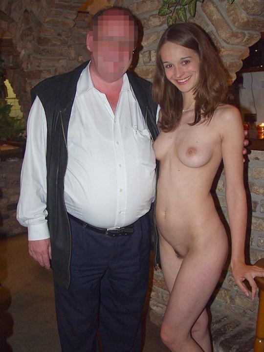 【外人】素人の激カワヌードモデルが街中至る所で裸になる野外露出ポルノ画像その4 95