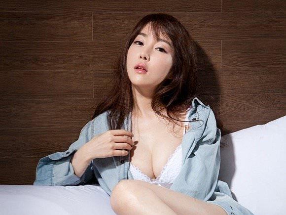 【外人】整形テンプレ顔だけど実際可愛い韓国人美女達のポルノ画像 011