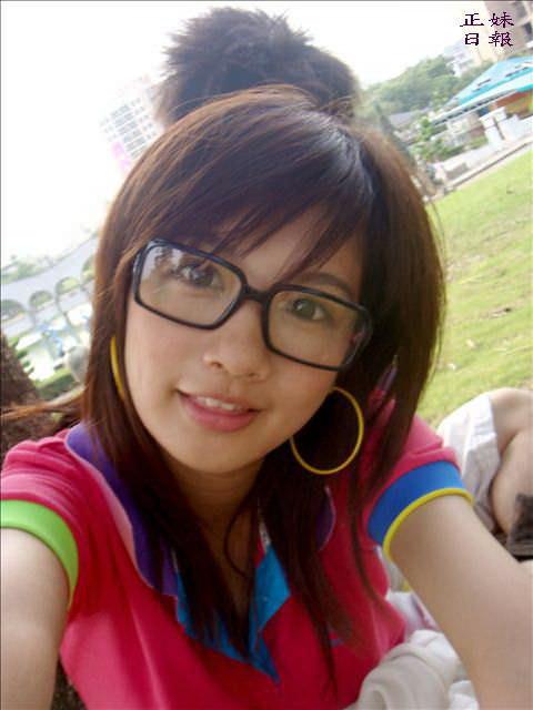 【外人】可愛すぎる台湾人美少女の顔面でだけで抜けるポルノ画像 211
