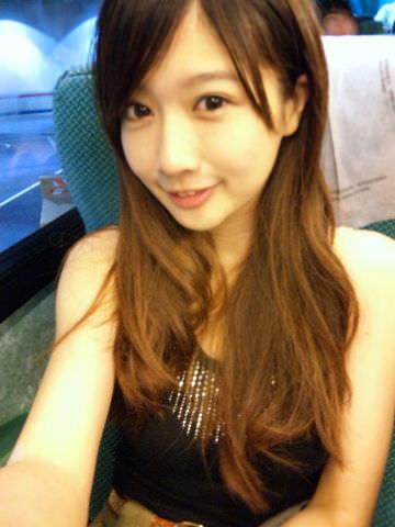 【外人】可愛すぎる台湾人美少女の顔面でだけで抜けるポルノ画像 73