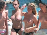 公共ヌーディストビーチ近くに潜む罠。全裸を撮られまくる市民達の憩いの場が盗撮される!!