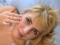 【北欧無修正】ブロンドロシア素人カップルのイチャラブ顔射セックス動画