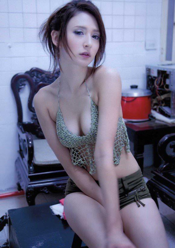 やっぱり可愛すぎる美乳ハーフモデルのリアディゾンのポルノ画像 1061