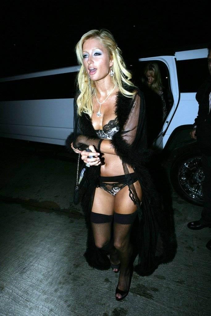 【外人】超セレブなお騒がせお嬢様パリス・ヒルトン(Paris Hilton)のパパラッチ盗撮ポルノ画像 108