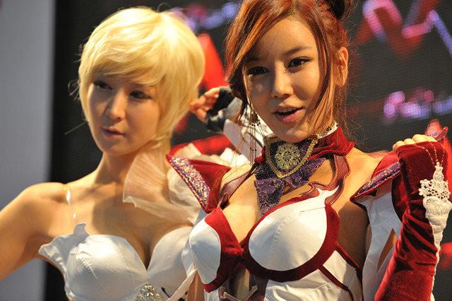 【外人】バッチリ整形顔の韓国人キャンペーンガールのポルノ画像 1226