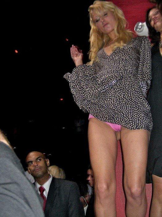 【外人】超セレブなお騒がせお嬢様パリス・ヒルトン(Paris Hilton)のパパラッチ盗撮ポルノ画像 128