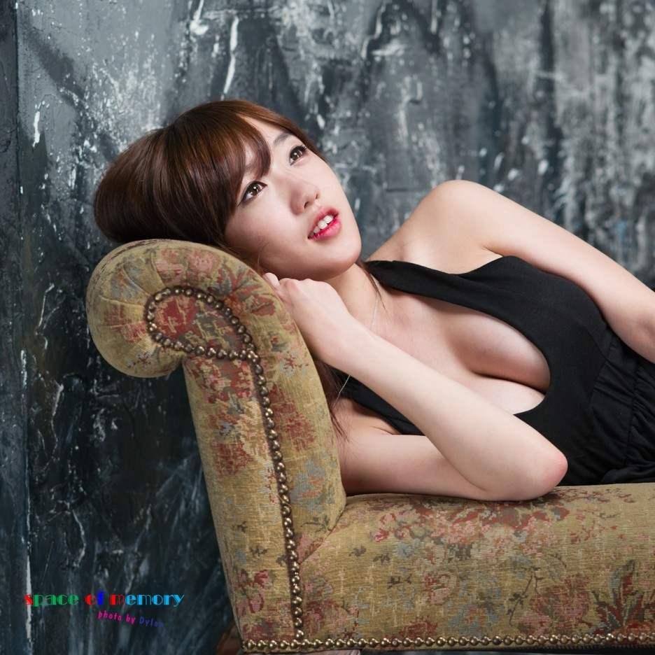 【外人】テンプレ顔だけどやっぱ可愛い整形韓国女のポルノ画像 1323