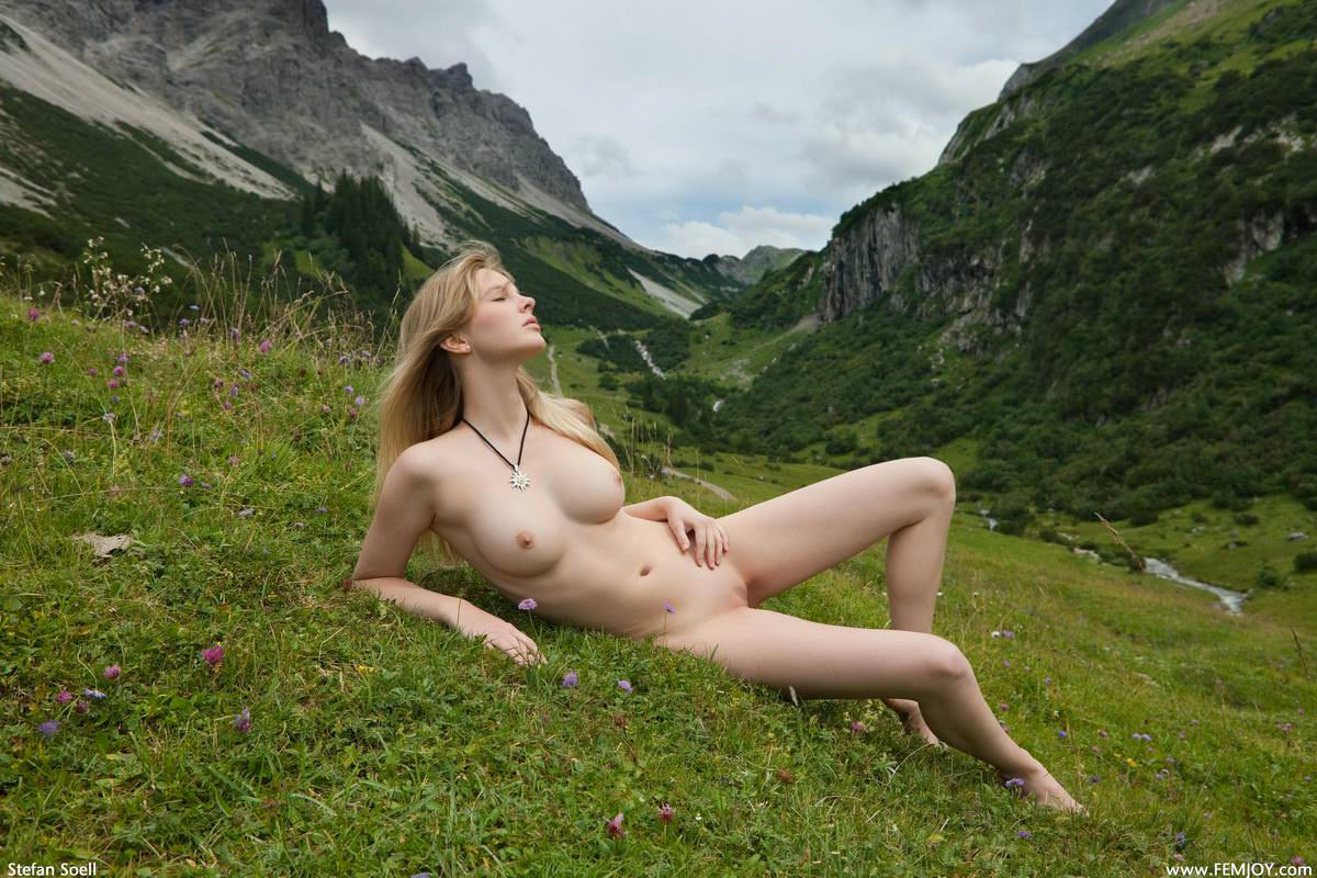 【外人】まるで作り上げたような超絶美人な白人たちのヌードポルノ画像 146