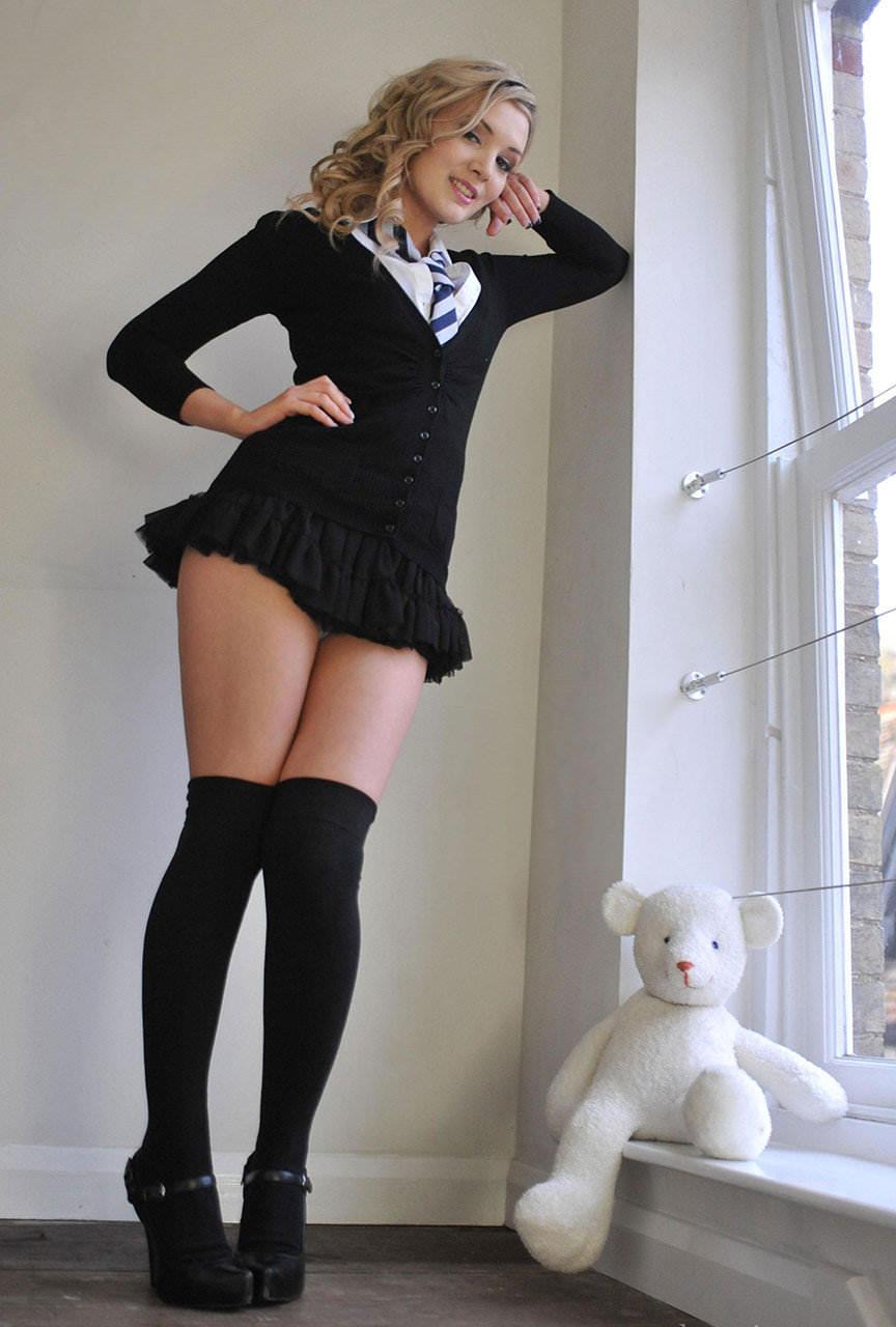 【外人】JKコスプレの海外美女がエロすぎて抜けるポルノ画像 1512