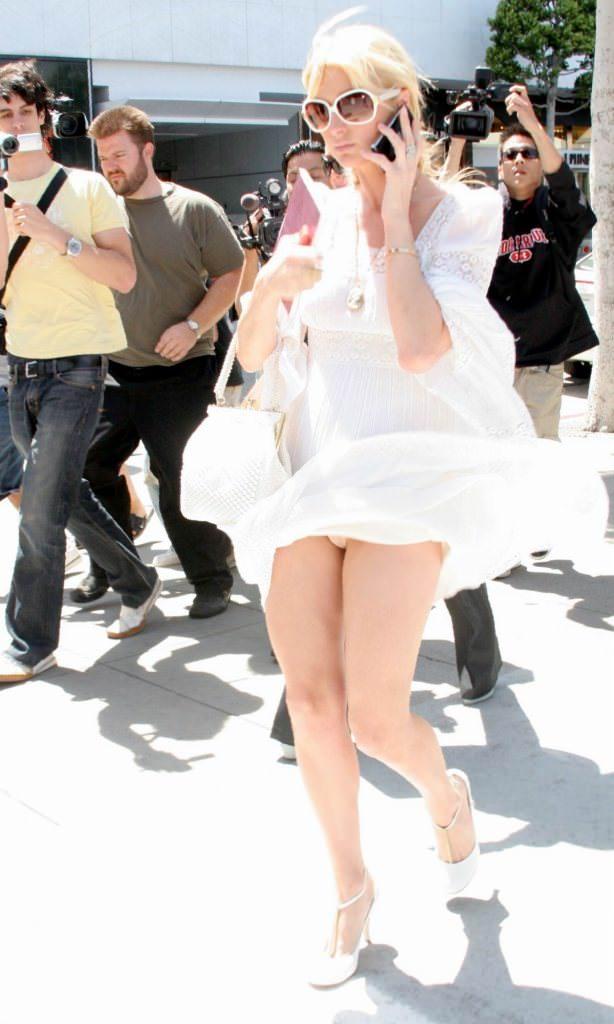 【外人】超セレブなお騒がせお嬢様パリス・ヒルトン(Paris Hilton)のパパラッチ盗撮ポルノ画像 157