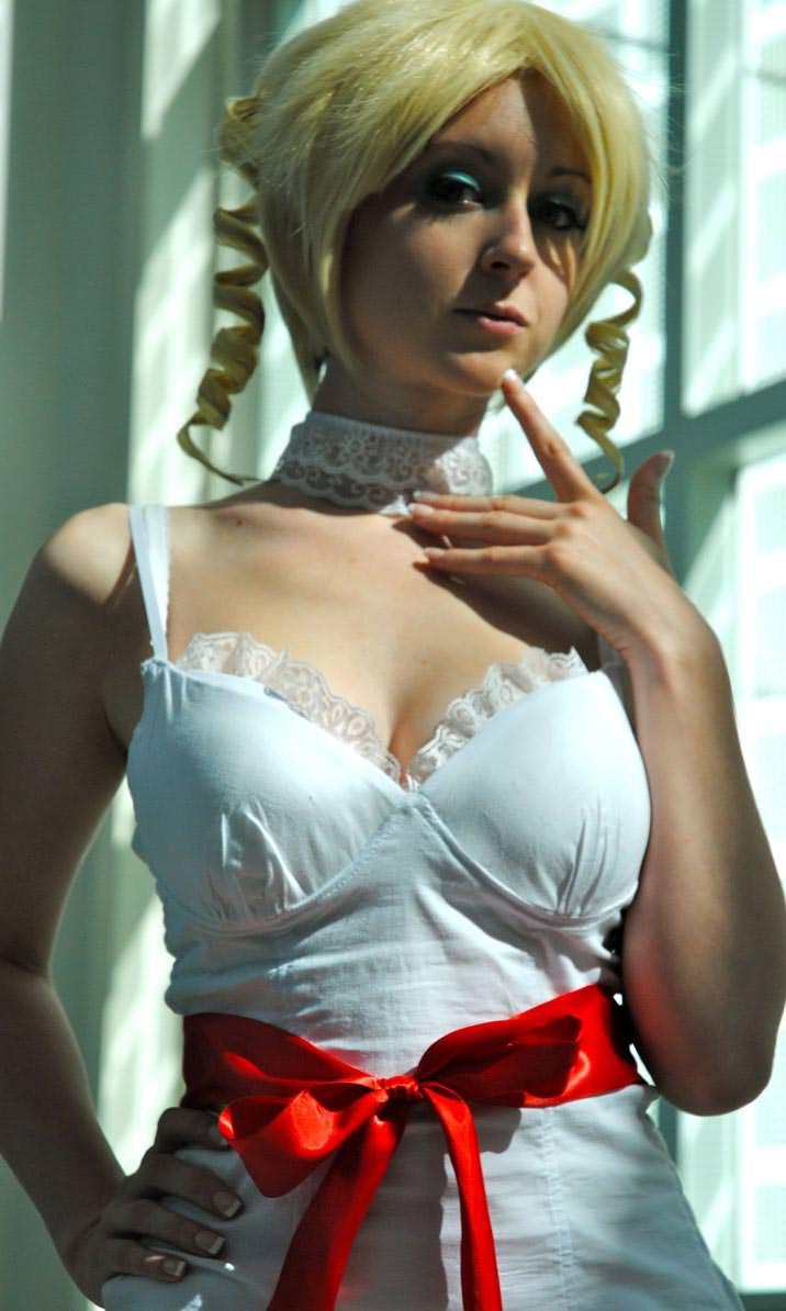 海外美女のコスプレイヤーの完成度が高すぎてエロ過ぎるポルノ画像 1627
